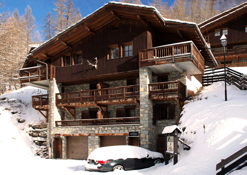Premium catered 12 bed chalet in tignes